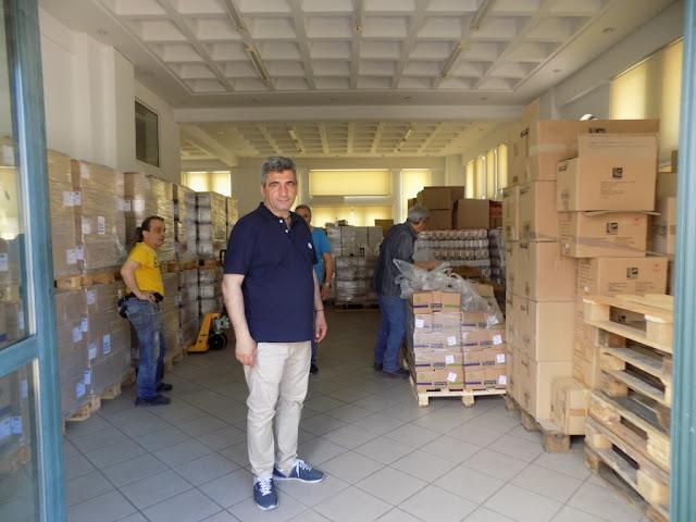 3200 ωφελούμενους εφοδίασε με είδη παντοπωλείου και κρέας ο Γιώργος Αντωνόπουλος