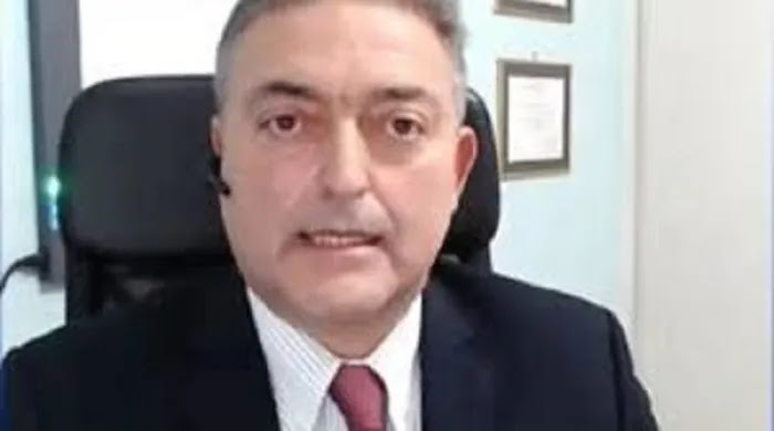 Βασιλακόπουλος: «Οι εμβολιασμοί είναι ένα πείραμα που προχωράει»! (βίντεο)