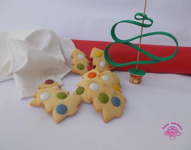 Galletas con lacasitos: árboles de Navidad