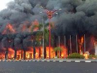 - 16  Kebakaran Berdasarkan Islam Dan Primbon Jawa
