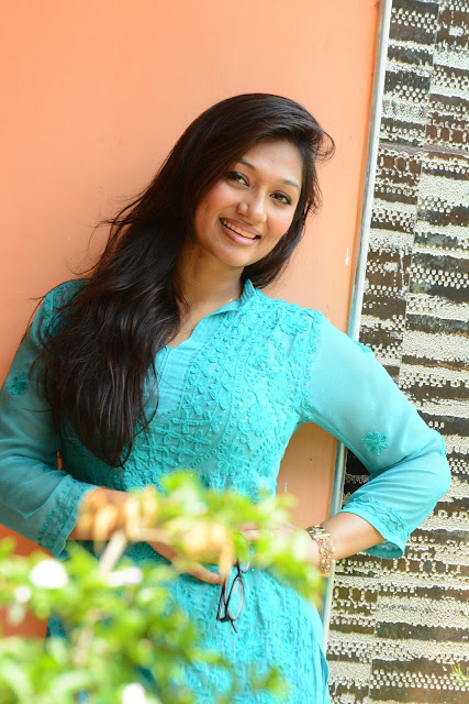 Actress Upeksha Swarnamali arrested