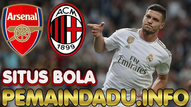 Arsenal Dan AC Milan Saling Sikut Untuk Merekrut Luka Jovic