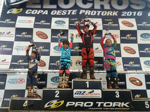 Motocross roncadorense faz bonito em Boa Esperança