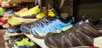 Scarpe, moda, sport, abbigliamento e accessori.Compra a minor prezzo in Maxi Sport.