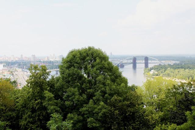 Вид с площадки обозрения Владимирской горки
