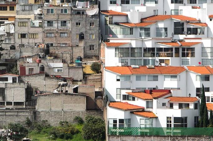 Aynı Gemide Değiliz!!!  Aynı mahalledeler ama aynı gemide değiller…
