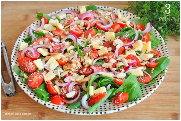 salada de rúcula simples