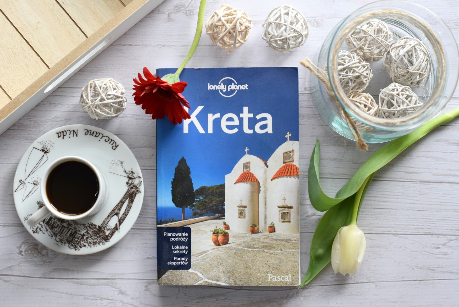 """KRETA. LONELY PLANET"" - KATE ARMSTRONG, RICHARD WATERS, ALEXIS AVERBUCK, KORINA MILLER 