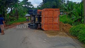 Pemerintah Provinsi Sumatera Utara Dinilai Tutup Mata , Jalan Sugau Sering Ngambil Tumbal