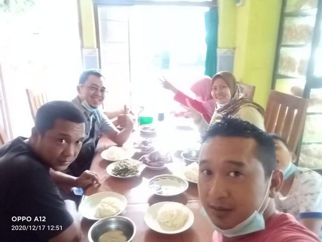 Ayam Panggang Utuh atau ¼ Tetap Nikmat