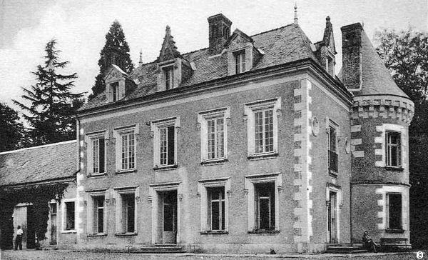 Tourainissime u00a9 Civray de Tour # Chateau Du Petit Bois