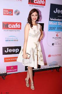 Red Carpet of Most Stylish Awards 2017 ~ Saumya Tandon aka Gori Mem 2.JPG