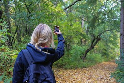 nature Selfie Poses