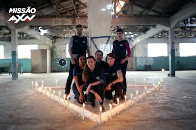 Detetive Lock e Zoe com a equipe selecionada pelo Missão AXN - Divulgação