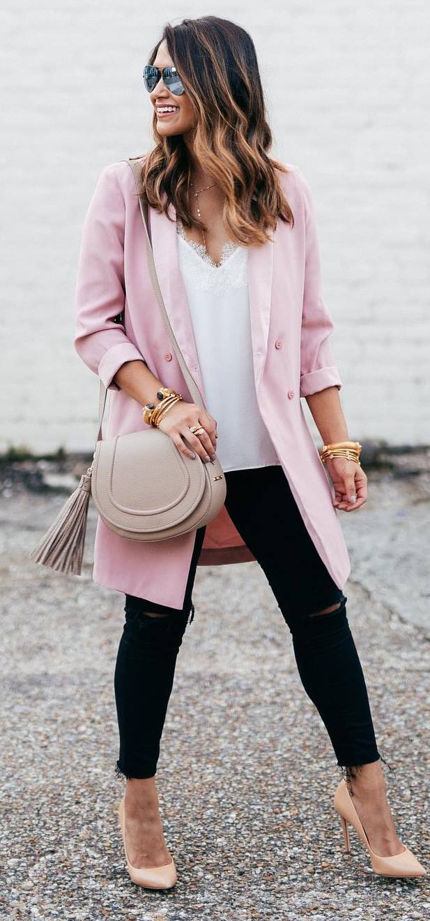 pretty cool outfit idea: pink coat + bag + lace top + rips