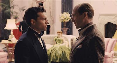 Conversación entre Lorenz y Doyle durante el rodaje. Escena ¡Ave, César!