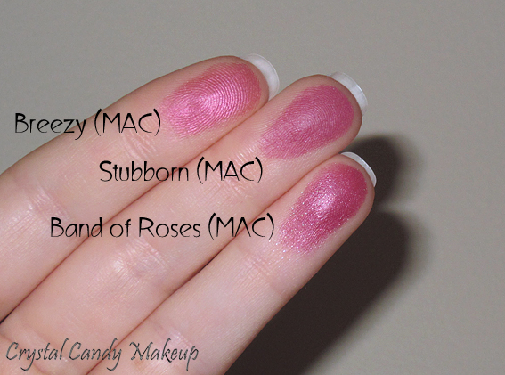 Blush Stubborn de MAC (Collection Office Hours) comparé à Breezy et Band of Roses