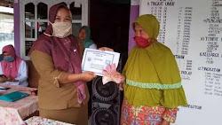 Pemdes Ganda Suli Salurkan BLT-DD Tahap III dan Penyemprotan Disinfektan Covid19