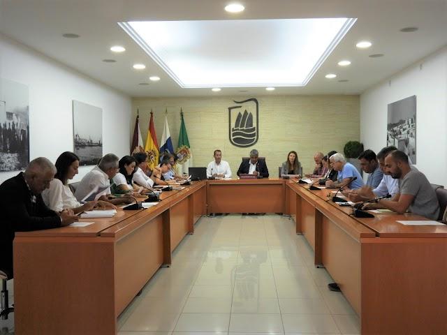 Fuerteventura.- Puerto del Rosario celebró pleno extraordinario sorteo mesas electorales elecciones generales 10 de noviembre