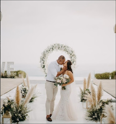 A memorable moment from one of our favortie weddings
