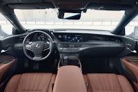 Lexus LS 500h (2018) Dashboard