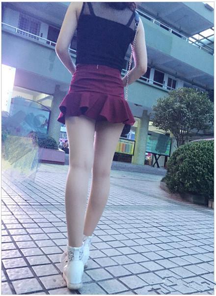 章泽天清华跳舞旧照曝光 穿着傣族裙秀小蛮腰清纯动人