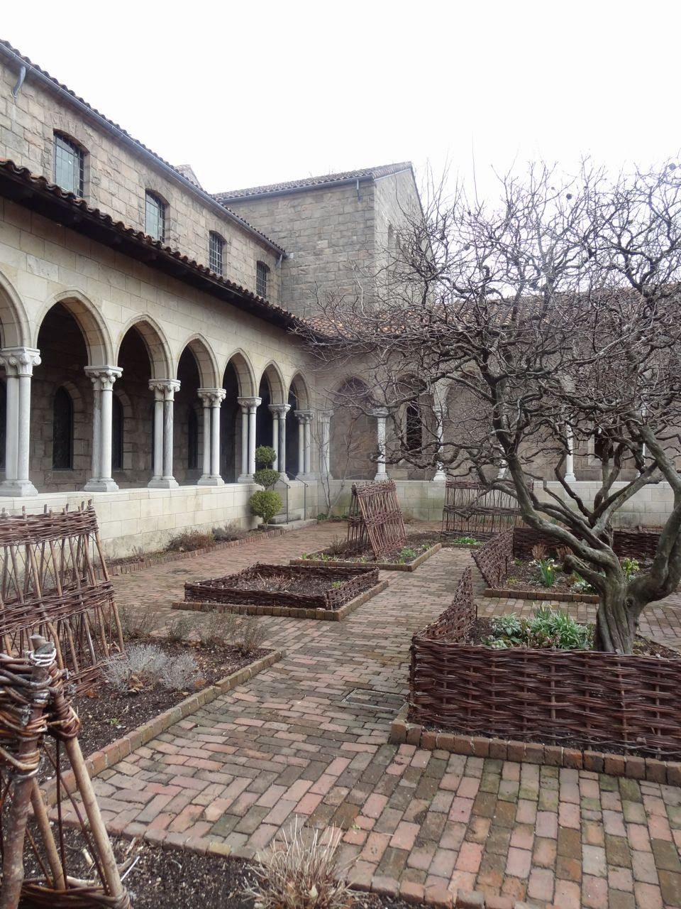Scrumpdillyicious The Cloisters A Medieval Hidden Gem In Nyc