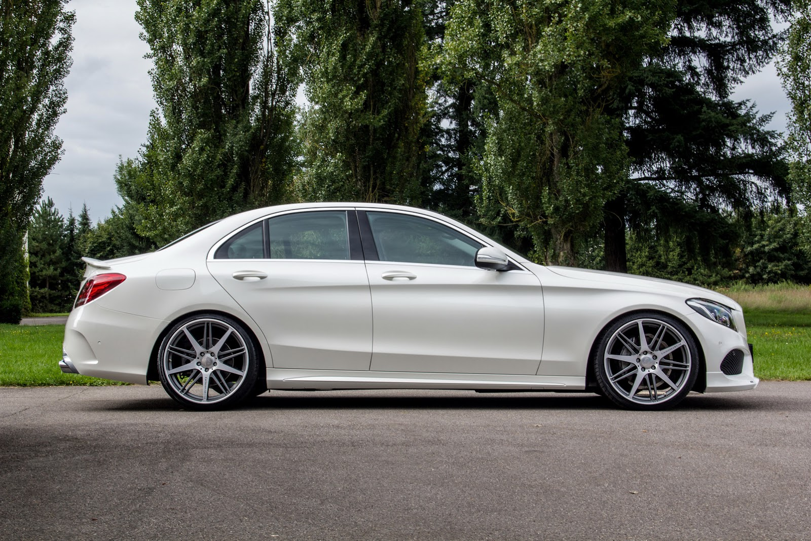 carlsson 39 s take on new mercedes benz c class amg sport carscoops. Black Bedroom Furniture Sets. Home Design Ideas