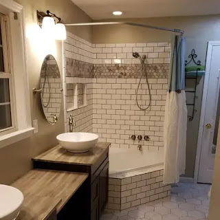 ديكور حمام صغير مع جاكوزي
