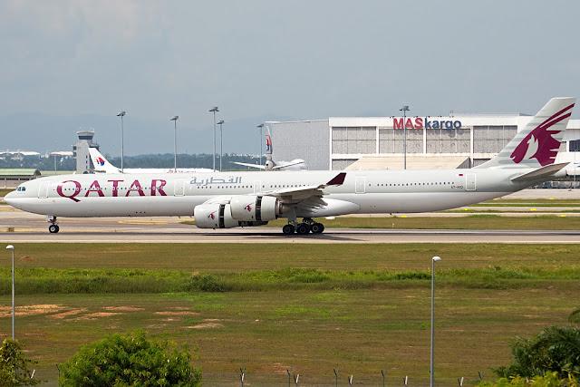 Qatar Airways Airbus A340-600 A7-AGD