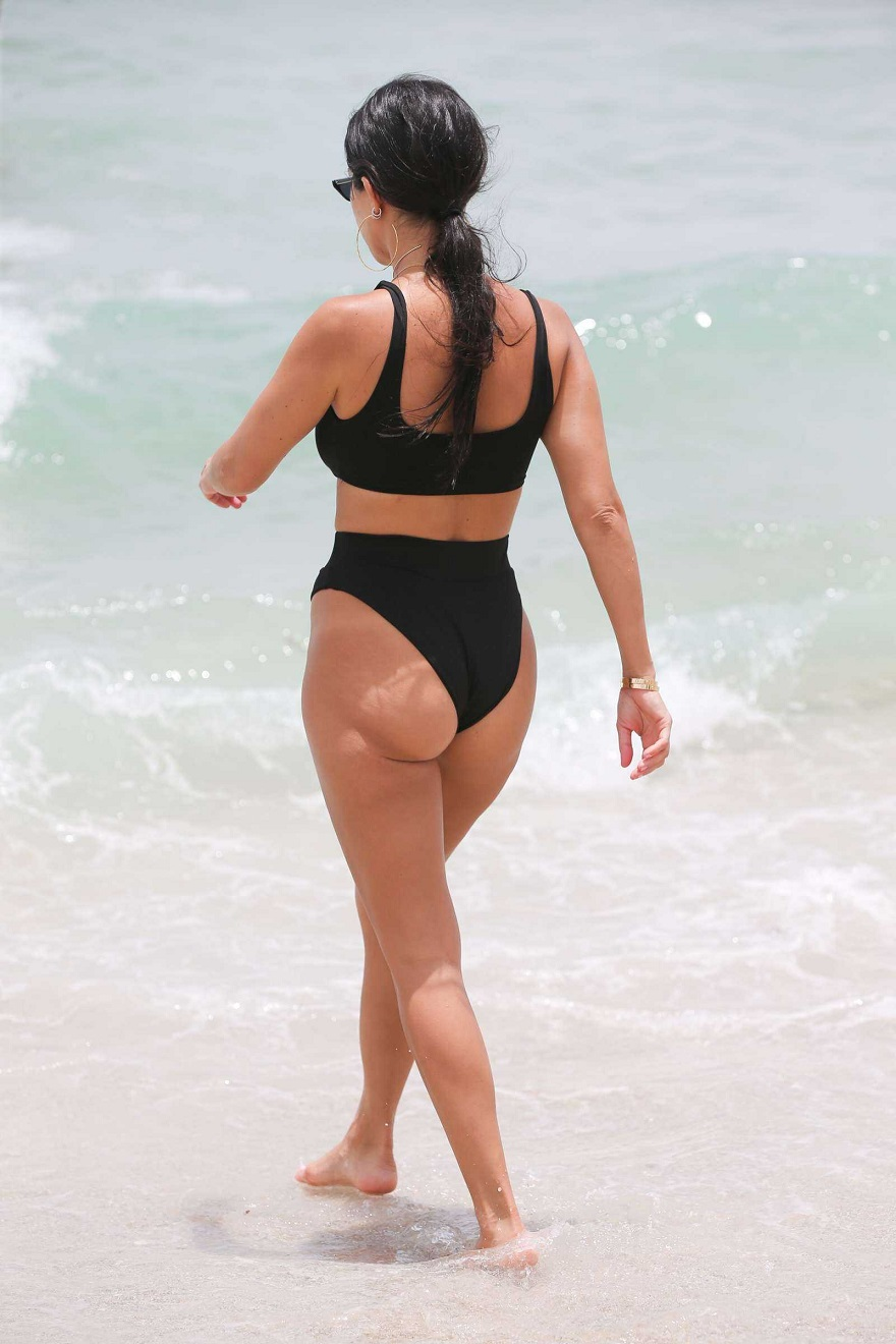 Kourtney Kardashian bares curves in risque bikini in Miami