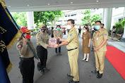 Wagub Steven Kandouw Serahkan Bantuan Untuk Bencana Sulbar
