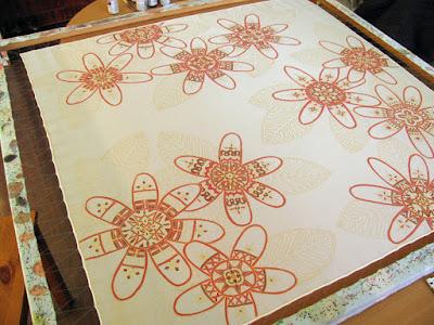 Silk painting process, coloring a silk scarf / silko tapyba, procesas, spalvinimas