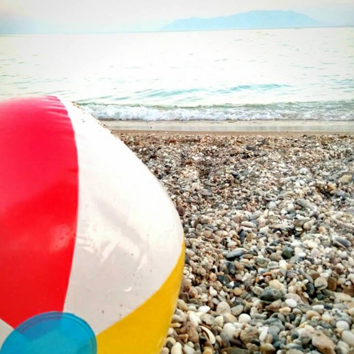 10 και 1 παιχνίδια στην παραλία για τα παιδιά