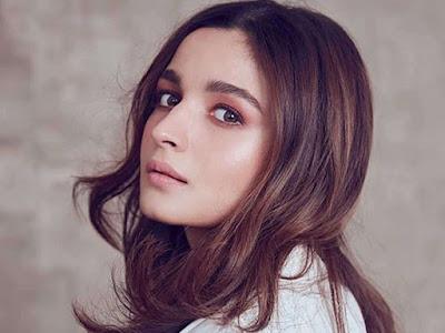 Alia Bhatt Hot Pictures