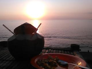 Sunset di Pantai Batu Layar