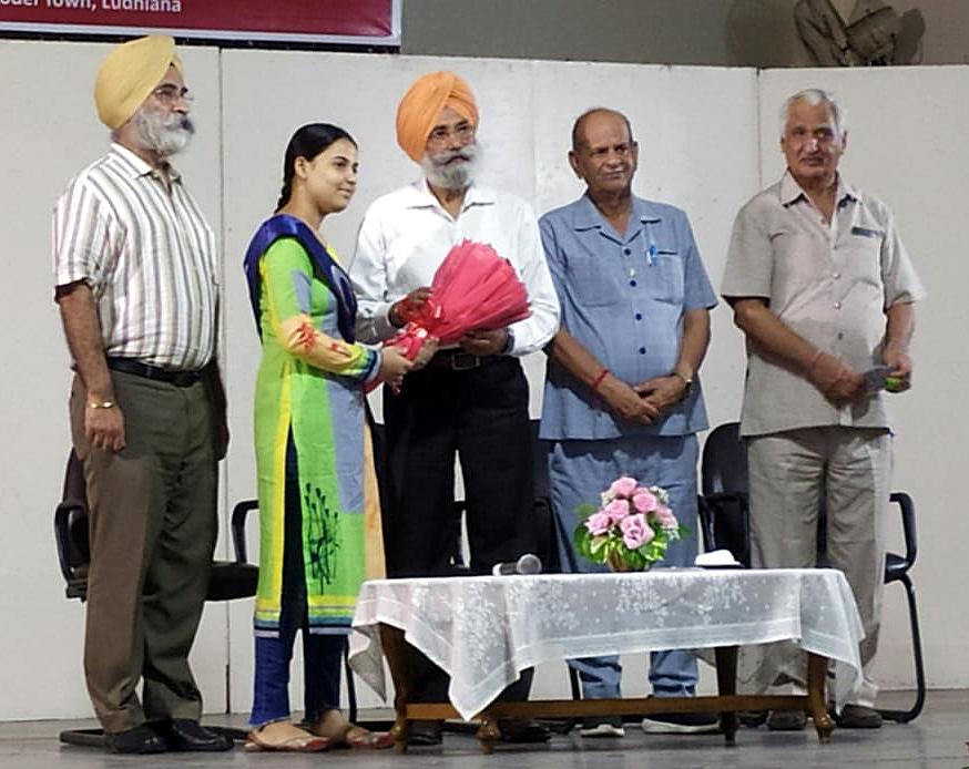 राजिंदर मोहन सिंह छीना सर्वसम्मति से कालेजज मैनेजमेंट फेडरेशन के प्रधान चुने गए