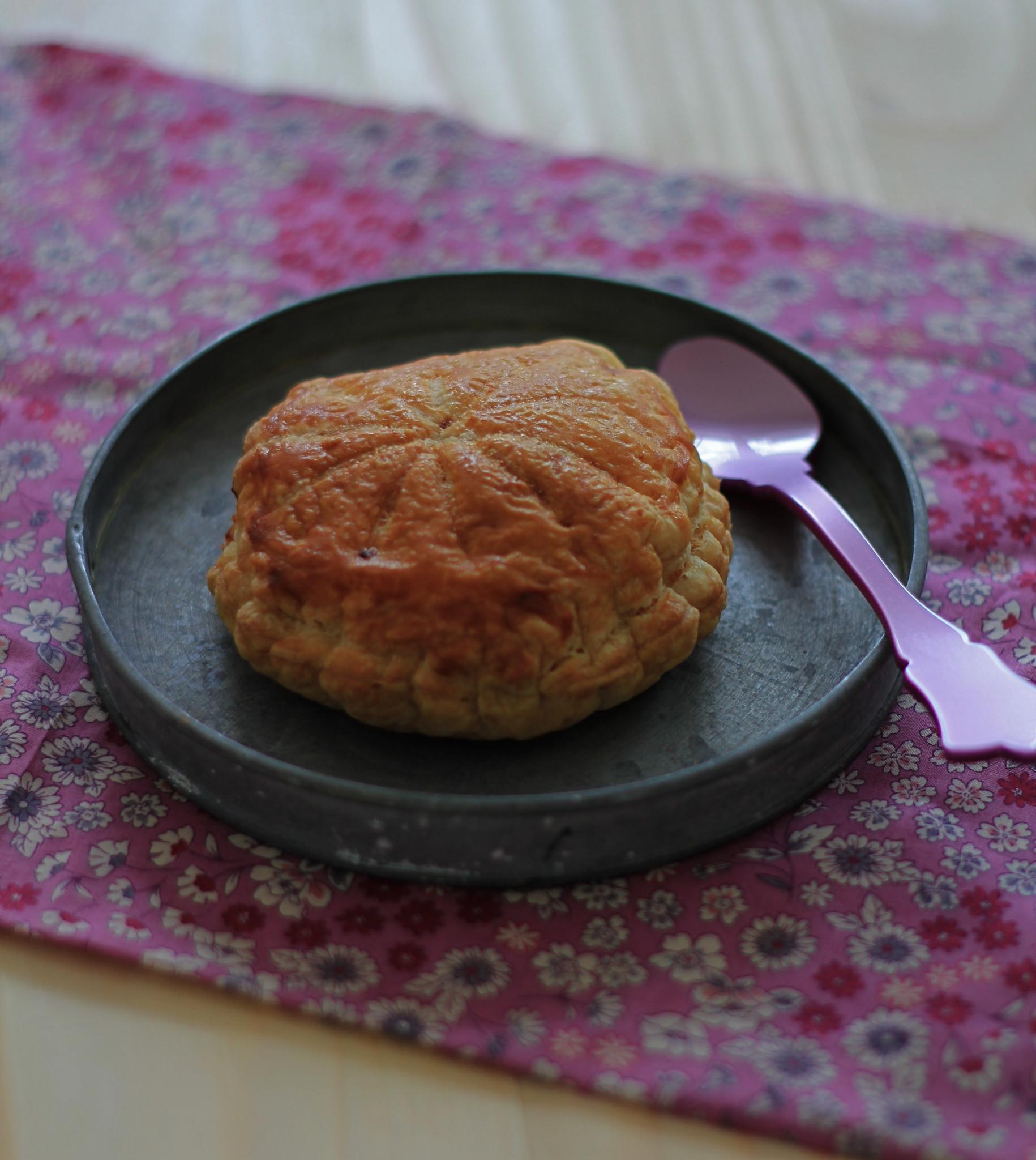 pralines roses , galette girly , trop bonne , facile à faire , pâte feuilletée express