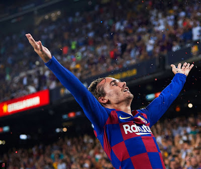 انطوان جريزمان لاعب برشلونة