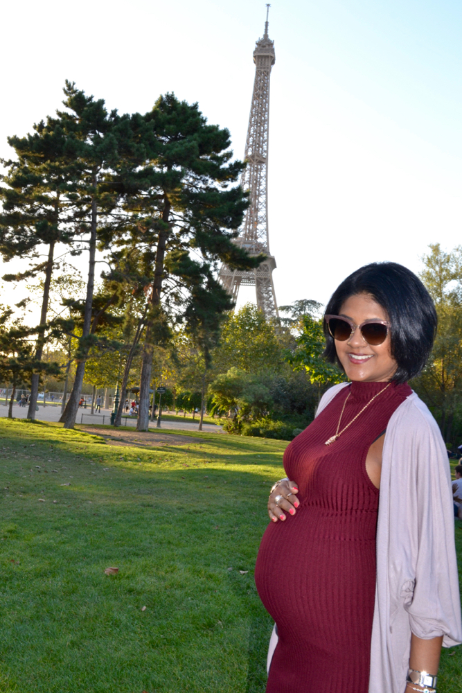 what to wear in paris eiffel tower