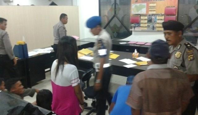 Astaga !!! Siswi SMP di Jambi Kepergok Lagi Ngamar Sama Juragan Udang