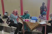 Polres Purbalingga Lakukan Pengamanan Vaksinasi Pekerja Industri Jasa Keuangan