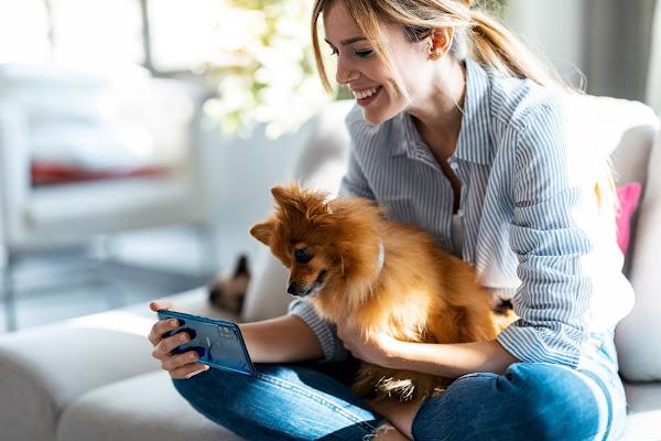 Como pode o smartphone ser um aliado da tua relação, mesmo quando vives em distanciamento social? A WIKO diz-te.