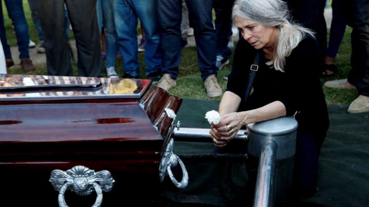El Presidente recibe hoy a la mamá de Úrsula, la joven asesinada por su expareja en Rojas