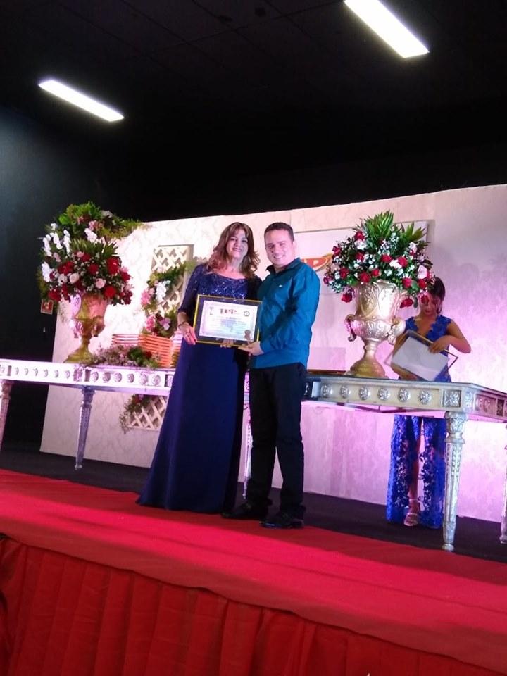 LAB recebe prêmio de melhor laboratório de análises clínicas de Brumado e Região
