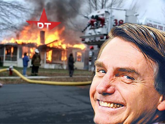 Resultado de imagem para bolsonaro e casa pt fogo
