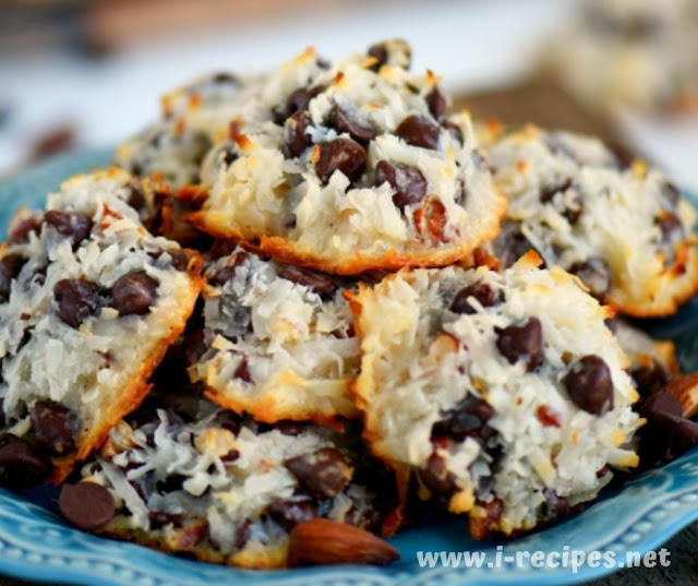 Almond Joy Cookies – Just 4 Ingredients!!!