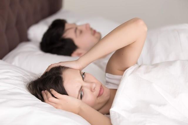 ماذا يحدث لك عندما تبقى مستيقظا لمدة 24 ساعة؟