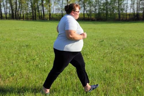 A obesidade se combate de pé