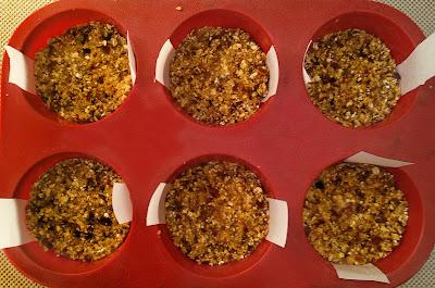 Tartaletas veganas de arandanos sin horno la cocinera novata receta cocina gastronomia vegana mantequilla de anacardos datiles leche vegetal reposteria dulces muffins celiacos intolerancia lactosa dieta paleo